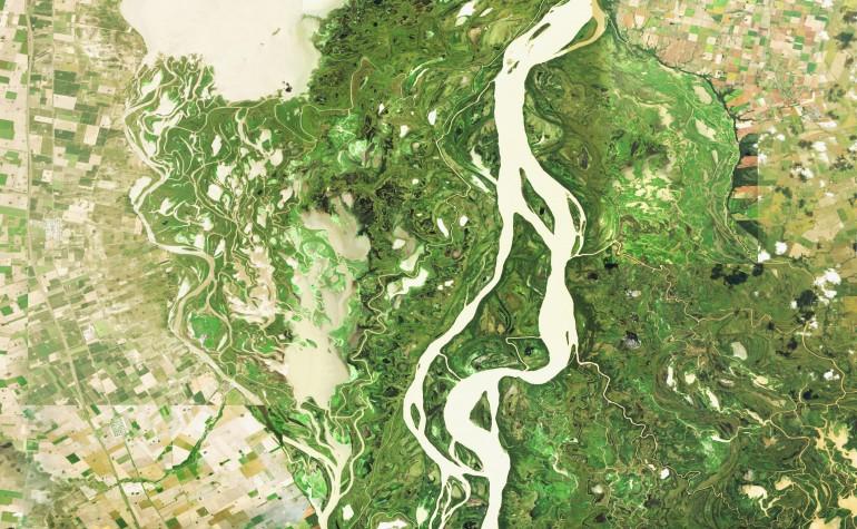 Imagen aérea del río Paraná